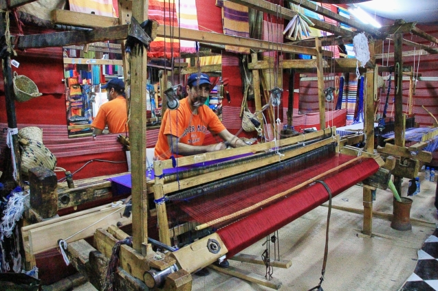 Weaving fabric for scarves, etc