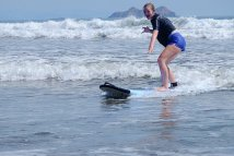 Uvita surfing